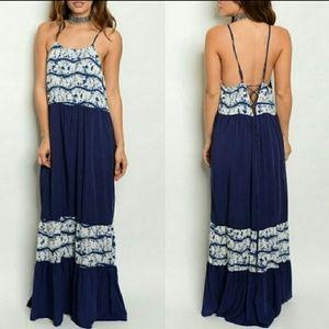 Dresses & Skirts - Lace Up Back Maxi Dress